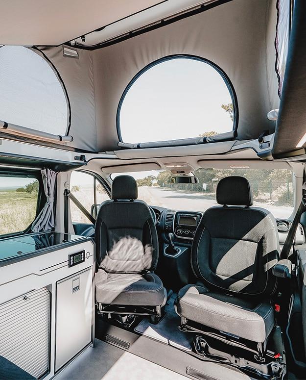 sièges avec embases pivotantes renault trafic van aménagé hanroad